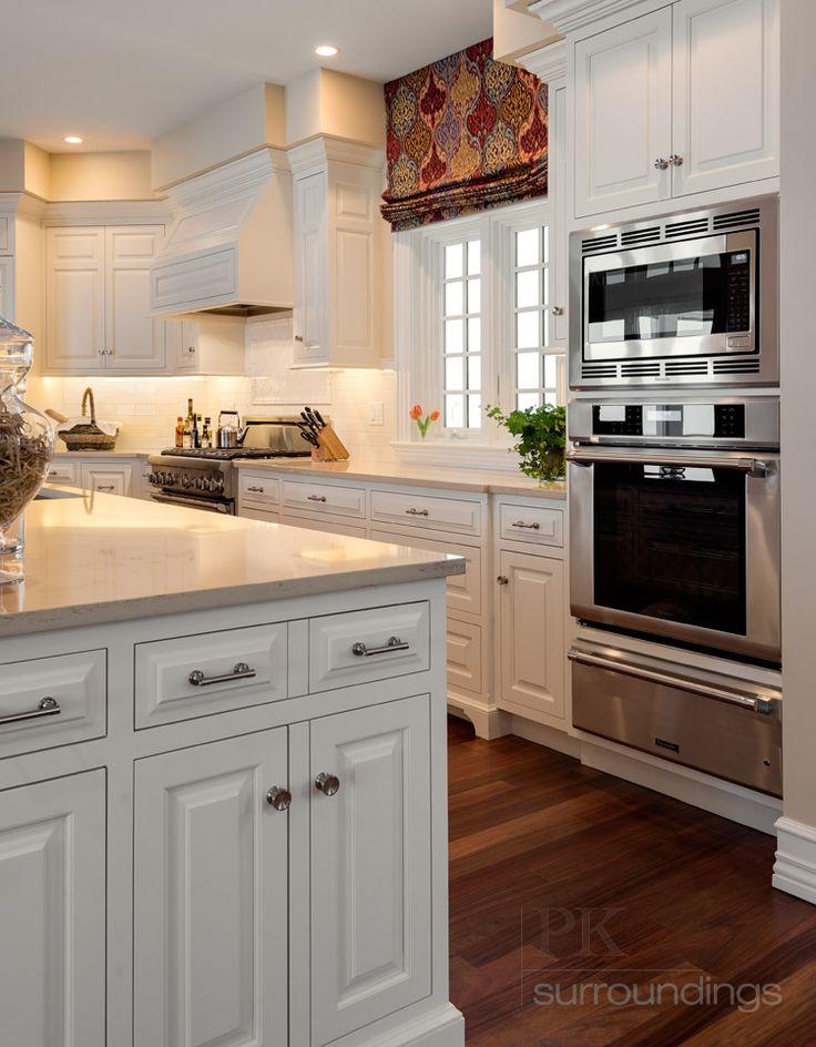 Best 25+ Custom kitchen cabinets ideas on Pinterest | Custom cabinets Farm sink kitchen and Farmhouse kitchen cabinets & Best 25+ Custom kitchen cabinets ideas on Pinterest | Custom ... kurilladesign.com