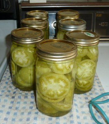 Canned Green Tomatoes, For Frying! WB time not long enough. Also see http://cowgirlscountry.blogspot.com/2011/08/canning-green-tomatoes-for-frying.html