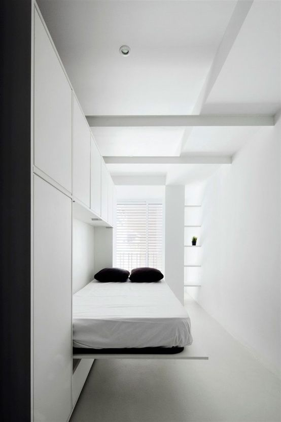 Murphy bed in hallway! Great for guests.