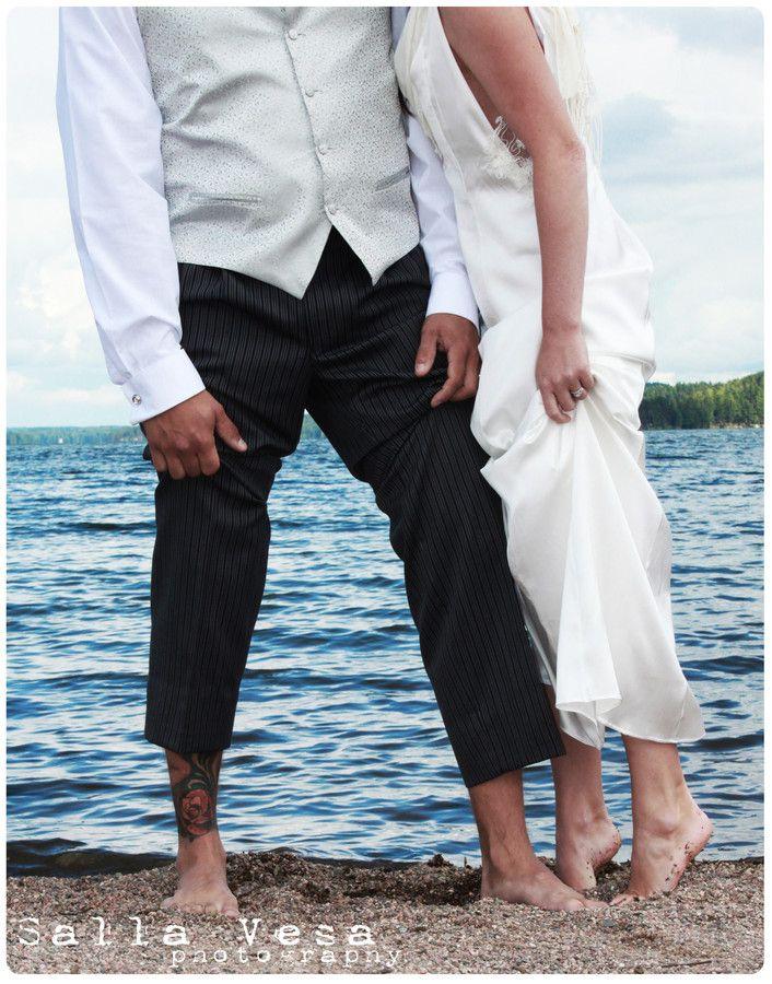 by Salla Vesa # photography portrait wedding bridal love couple posing  beach // salla.vesa (a) gmail.com /// www.facebook.com/sallavesaphotography   // https://www.instagram.com/sallavesaphoto/ hääkuvaaja lahti hääkuvaaja hollola
