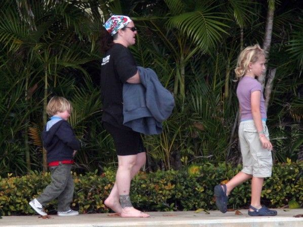 Rosie O'Donnell has 2 adopted children and 3 children she had with her then-wife through artificial insemination.