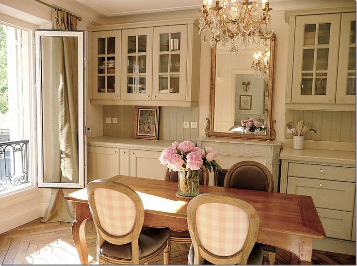 French Country Decor: A Paris Kitchen