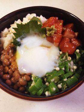 節約だけど、ごちそうネバネバ丼 by ゆき丸ゆい姫ママ [クックパッド] 簡単おいしいみんなのレシピが252万品