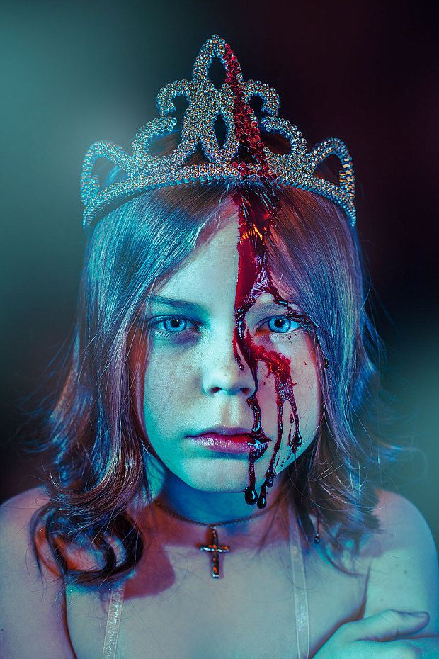 Alice Lewis, age 9 as Stephen King's character Carrie White