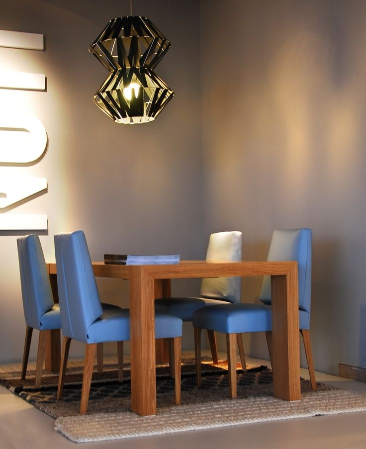 Krzesła Mrs SU - wersja wysoka. Projekt: Renata Kalarus. Zdjęcie: Przemek Kuciński