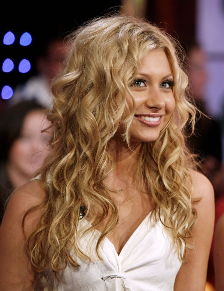 Alyson Michalka , HAIR!!! OMG!