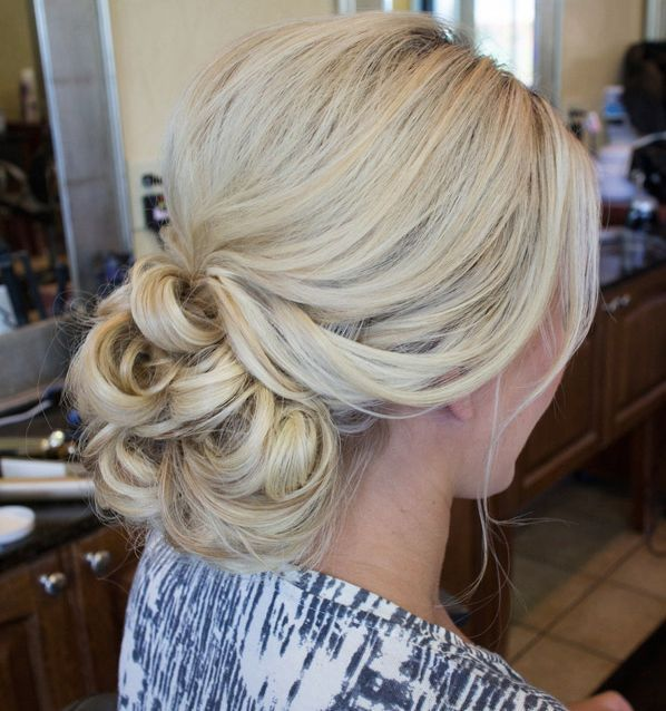 Wedding Hairstyles That Can Make You Superbly Graceful And Elegant. To see more: www.modwedding.co… #wedding #weddings #hairstyle Wedding Hairstyle