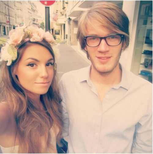 pewdiepie and marzia are just toooo cute for me omg she s so pretty and