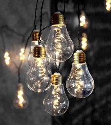 die besten 25 led lichterkette ideen auf pinterest led lichterketten led deko weihnachten. Black Bedroom Furniture Sets. Home Design Ideas