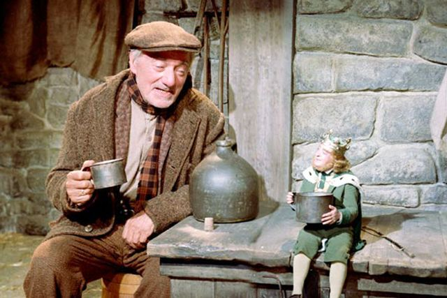 30 Irish Films You Need To Watch #refinery29  http://www.refinery29.com/2015/03/83720/best-irish-films#slide-5  Darby O'Gill and the Little People (1959)Keep your eyes peeled for a pre-Bond Sean Connery in this Disney tale of an Irishman who is kidnapped by sneaky leprechauns. ...