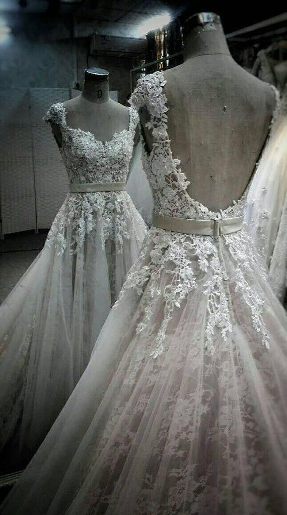 Beaded Lace Strap Hochzeitskleid Ballkleid von IDoCoutureBridal