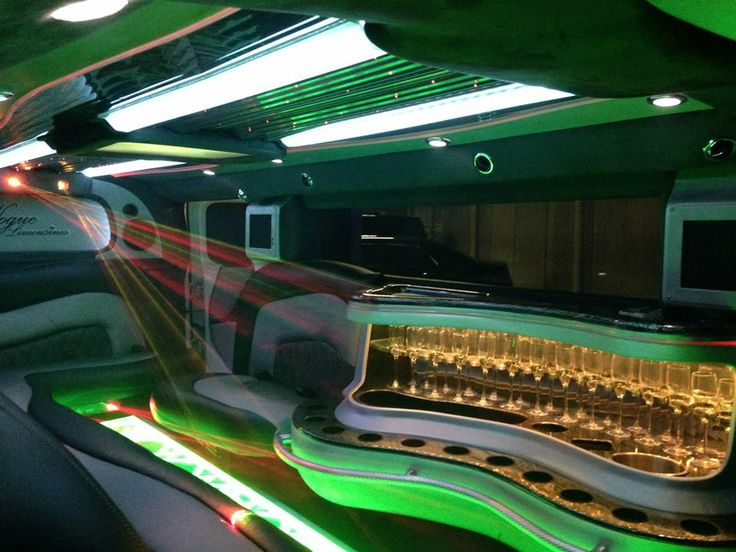 Call 1300 799 255 for bookings today! Limousine Bookings in the Gold Coast, Brisbane, Sunshine Coast, and Byron Bay!