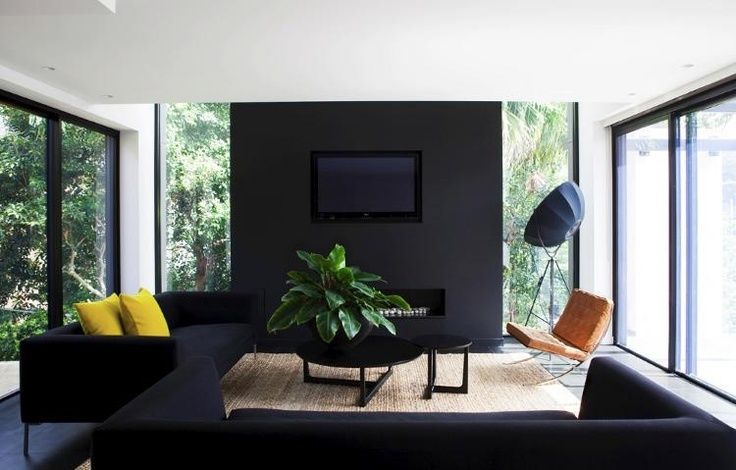 Black wall for tv