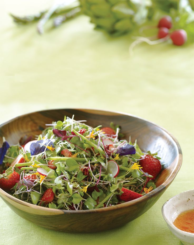 Microgreens with Strawberry-Lime Vinaigrette  Vinaigrette  1 ½ cups diced strawberries  2 Tbs. white balsamic vinegar  1 tsp. pure maple syrup  2 tsp. lime juice  3 Tbs. olive oil