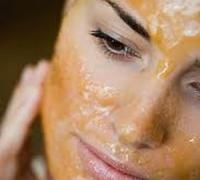 The combination of egg yolk, honey and olive oil makes a wonderful facial mask for dry skin.