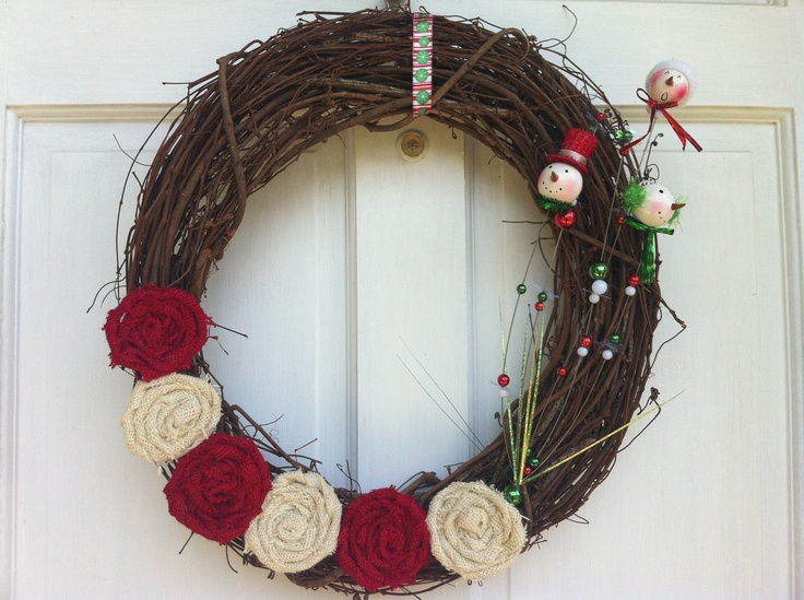 Snowman wreath with red and cream burlap roses for Burlap snowman wreath