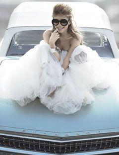 Ashley Olsen: Wedding Dressses, Senior Pictures, Ashley Olsen, Ashleyolsen, Wedding Photo, The Dresses, Old Cars, Photo Shoots, Olsen Twin