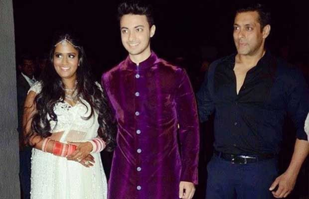 Arpita Khan Wedding Gift List : arpita khan s khan s wedding salman khan s sister s wedding guest list ...