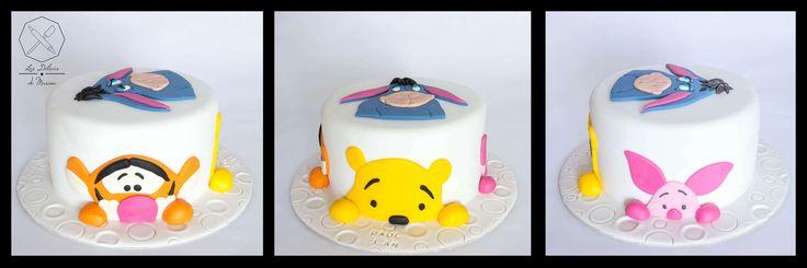 Cake design. Gâteau personnalisé en pâte à sucre sur le thème Winnie l'Ourson avec Bourriquet Tigrou et Porcinet. Sugar paste Winnie The Pooh themed cake with Eeyore Tigger and Piglet by Les Délices de Marion.
