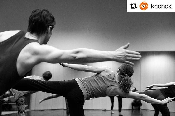 Tańczymy bez wytchnienia... #encek #kulturaKRK #nowahuta #taniec #współczesny #nabór #contemporarydance #classes #workshops #workinprogress #dance  @kccnck