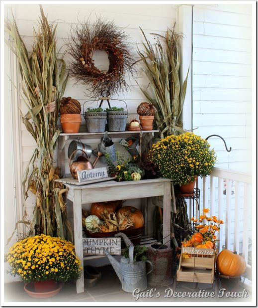 Decorate Potting Bench For Fall A Fun Easy Gardening Decor Outside Decorations