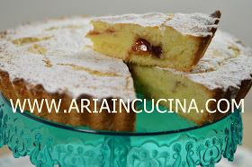 Blog di cucina di Aria: Torta Damiana con crema pasticcera e confettura di lamponi