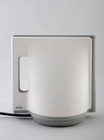 From the one Braun designer to an other. Emi Schenkelbach  from Israel designed this beautiful Kettle witch combines three basic shapes: Triangle, Square and Circle.  I wanted to keep a clean and elegant design, which will allow this kettle to look natural with any kitchen. I have decided to make the kettle float a bit, using the power supply.