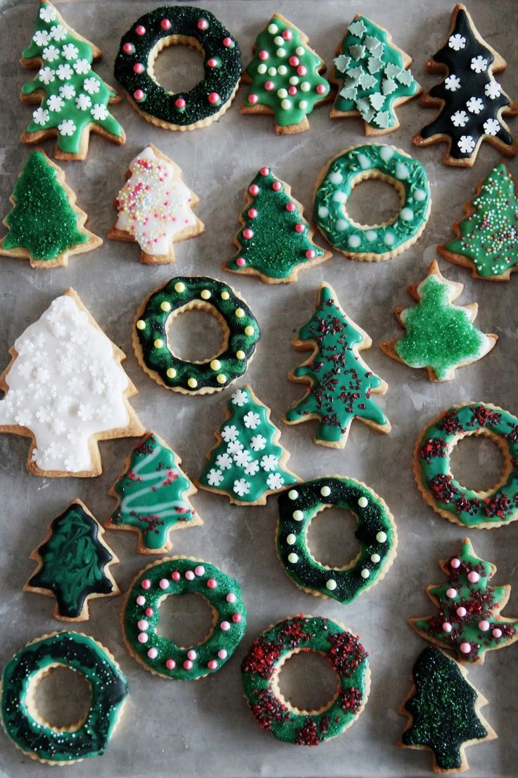 Fork and Flower: (more) holiday nibbles -- Christmas tree forest cookies.