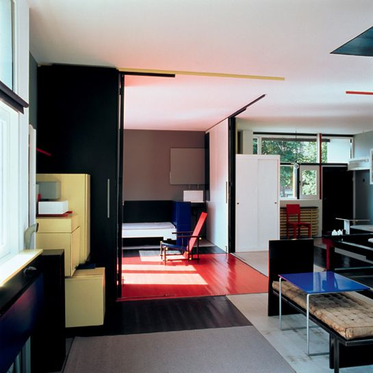 Gerrit Rietveld, Schröder House, Utrecht, The Netherlands: interior, child's bedroom, 1st floor, 1924