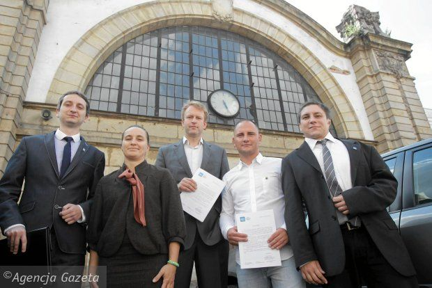 Przedstawiciele Ruchu Autonomii Śląska przedstawili swój pomysł na ratowanie starego dworca w Katowicach.