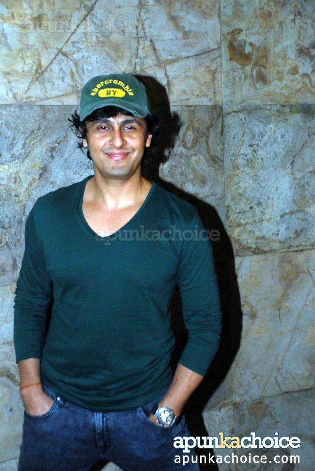 Sonu Nigam at 'Fury' screening