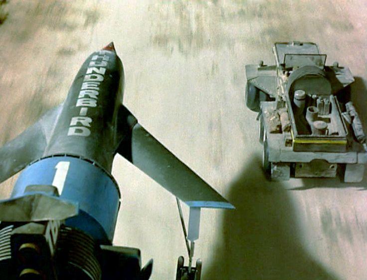 Agent 79 & Tb1 in Martian invasion