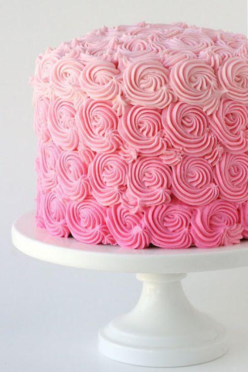 Pastel muy chic. Ideal para las niñas. Flores en todos rosa pastel con degradado
