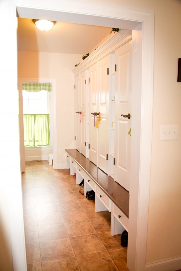 17 best images about garage laundry room entrance ideas on for Garage mudroom designs