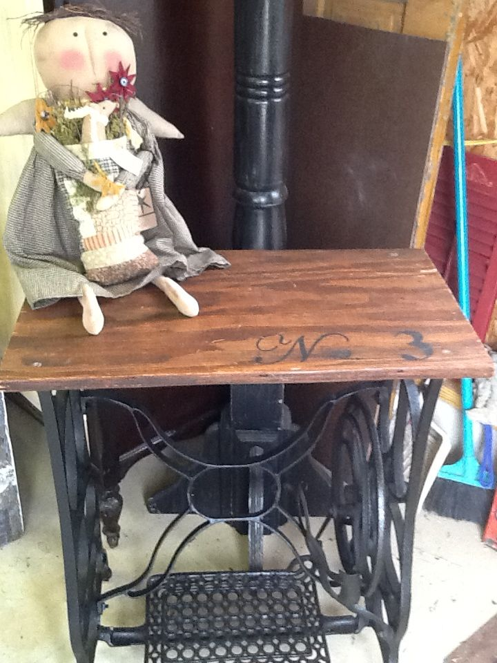 Sewing machine base numbered table 14 best