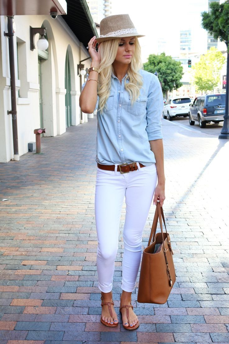 91a2c26f50e 25 Fashion Tips On How To Wear A Denim Shirt 2019   Casual in 2019 ...