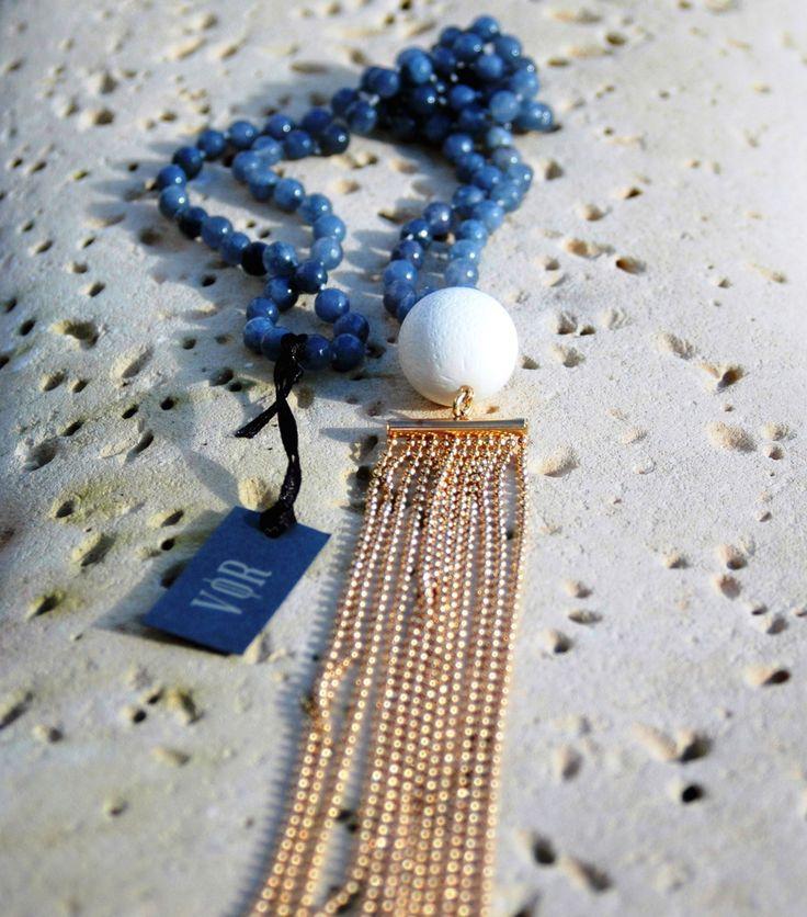 TARTUS DENIM BLUE NECKLACE — Vanile on the Rock