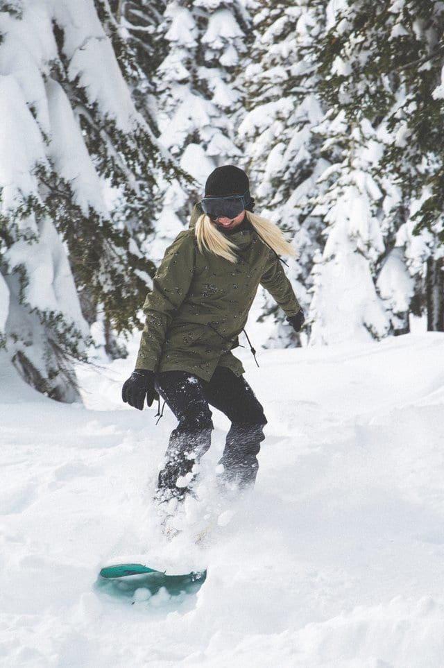 Snowboard girl frozen foto 96