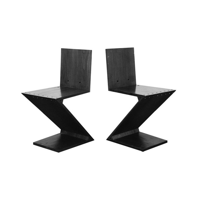 Zig-Zag Chair by Gerrit Thomas Rietveld. Original set of four Zig-Zag Chairs in elm. The chairs are executed by Rietveld