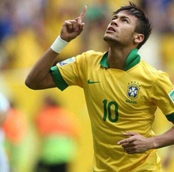 Le Brésil se réveille : But de Neymar (vidéo) - http://www.actusports.fr/105283/bresil-se-reveille-but-neymar-video/
