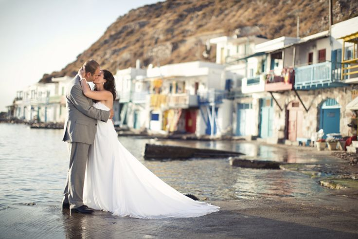 Romantic outdoor wedding in Greece by Anna Roussos | Done Brilliantly