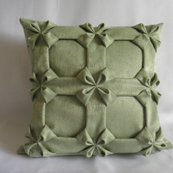 Smocked Throw Pillow Green Cushion Cover,Velvet Couch Pillow,Green Throw Pillow,Green Pillow Cover,Flowers Pillow 16x16 inch( 40x40 cm)