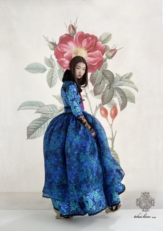 Looove this! | Bae Yoon Young for Tchai Kim Hanbok 2016 Lookbook