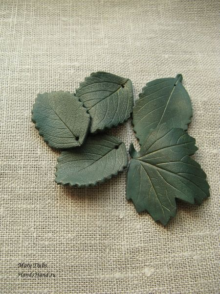 "Two-sided polymer clay ""stamped"" leaves - Full tute w/good pictures. (Translate) ~ Polymer Clay Tutorials"