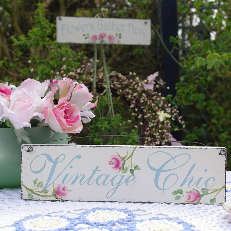 Vintage Chic hand painted sign