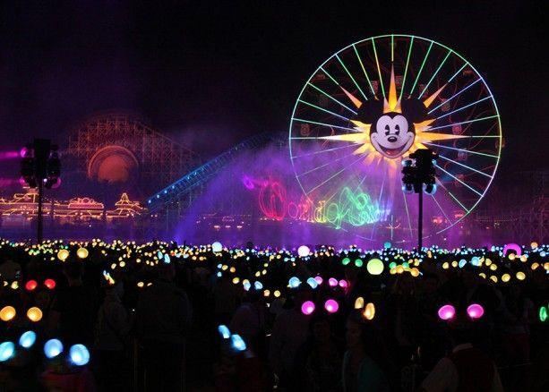 What to Expect from the Jaw-Dropping World of Color – Celebrate! | Disney Insider | Articles