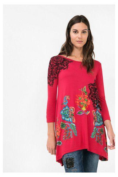 Camiseta roja con flores - Ramona Desigual. Descubre la colección otoño-invierno 2016. ¡Devoluciones y envío a tienda gratis!
