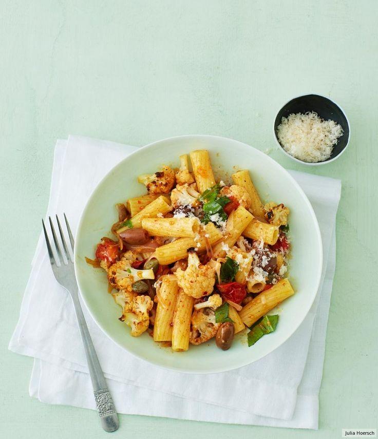 Rezept für Blumenkohl-Pasta bei Essen und Trinken. Und weitere Rezepte in den Kategorien Gemüse, Gewürze, Käseprodukte, Milch + Milchprodukte, Nudeln / Pasta, Hauptspeise, Kochen, Einfach, Schnell, Vegetarisch.