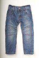 Dutch Dream Denim Faru    Spijkerbroeken van het merk Dutch Dream Denim. De spijkerbroeken zien er stoer uit en zijn gemaakt met het spelende kind in gedachten. De spijkerbroeken zijn op de knieen voorzien van een fdubbele laag stof waardoor ze langer meegaan dan normaal. De prijzen zijn ook goed maat 98 t/m 122 kosten € 24,95 en maat 128 t/m 152 € 26,95   lot en Lynn Lifestyle   http://www.lotenlynn.nl/