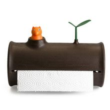 Log'nRoll from Qualy design is a practical and funny dispenser for kitchen tissues with a nature-tiled design.  When the dispenser is empty, the squirrel disappears.